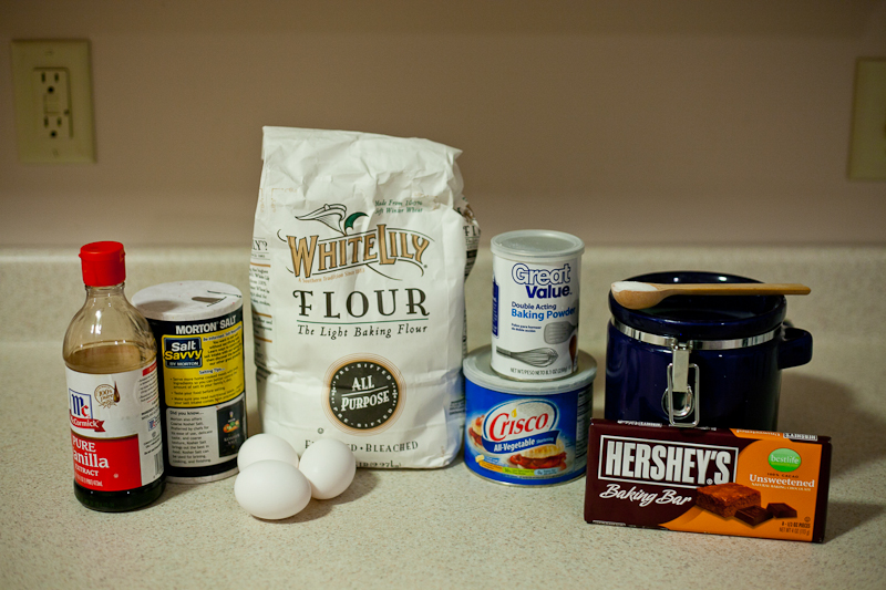 Ingredients for chocolate crinkle cookies recipe